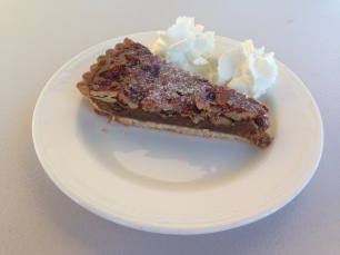 Pecan pie & cream