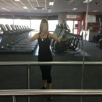 Gym to myself=sneaky selfie.
